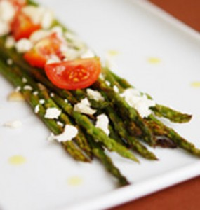 Grilled Asparagus and Macadamia Salad